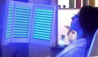 טיפול באקנה: אור נקי מביא לעור נקי