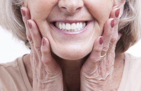 4 סיבות ליישור שיניים גם בגיל מאוחר
