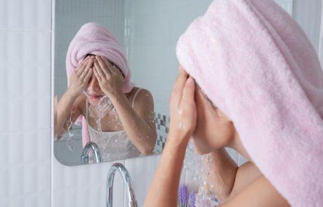 ניקוי עור הפנים: עובדות, טעויות וטיפים חשובים