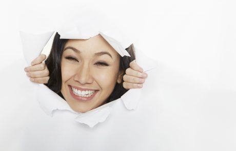 חיוך לבן