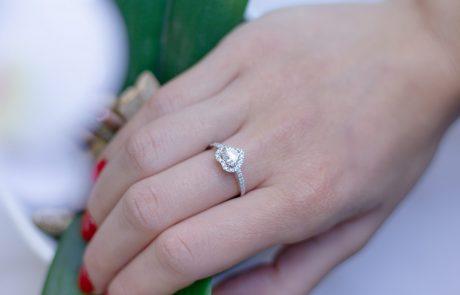 טבעות זהב מיוחדות: היסודות שחשוב להכיר לפני שרוכשים את הטבעת המתאימה