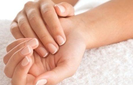 טיפים לשמירה על כפות הידיים