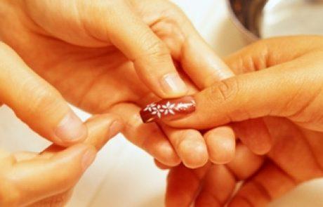 ציפורניים: הדבקה וקוץ בה