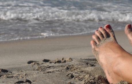 ג'ל לק בכפות הרגליים